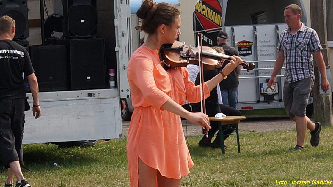 Dorffest Reddelich 2015-07.jpg
