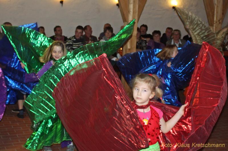 Reddelicher Kindertanzgruppe Fatamorgana-2011