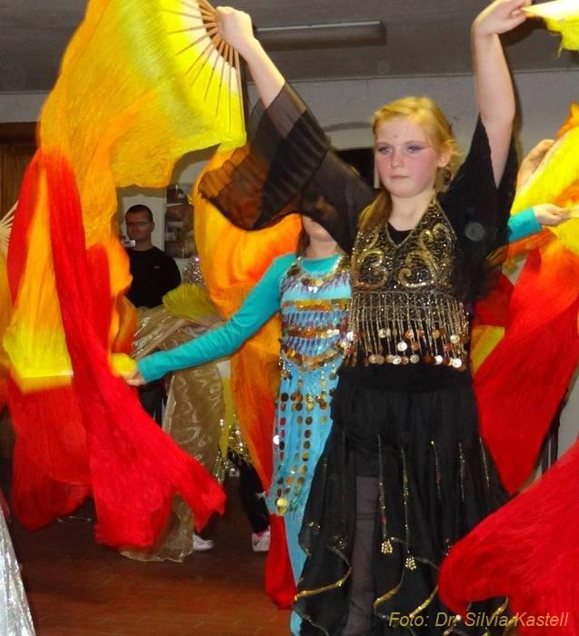 Reddelicher Kindertanzgruppe Fatamorgana-2012