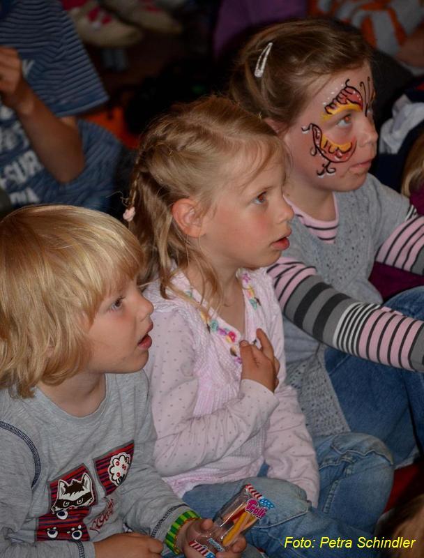 Kindertagsfeier in der Reddelicher Bauernscheune 2012